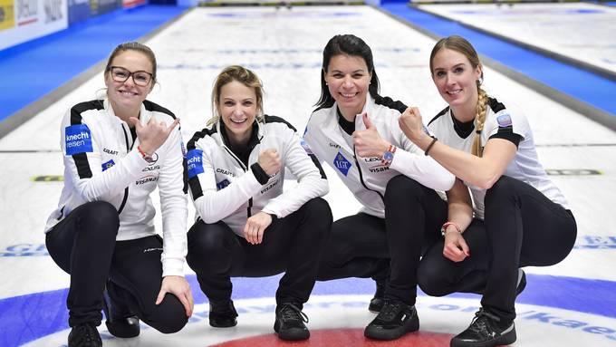 Die Curlerinnen des CC Aarau: Alina Pätz, skip Silvana Tirinzoni, Esther Neuenschwander und Melanie Barbezat.