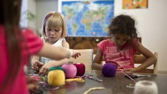 Kinderbetreuung ist für Eltern oft eine organisatorische Zumutung.