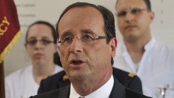 Für den französischen Präsidenten François Hollande ist ein Militäreinsatz in Syrien denkbar (Archiv)