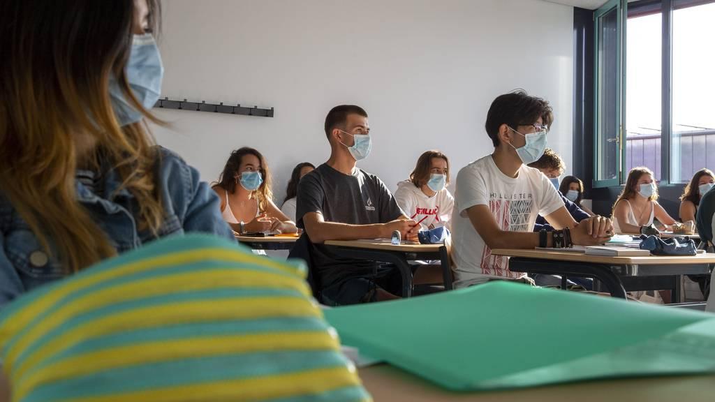 Maskenpflicht im Unterricht: Kanton verschärft Regeln