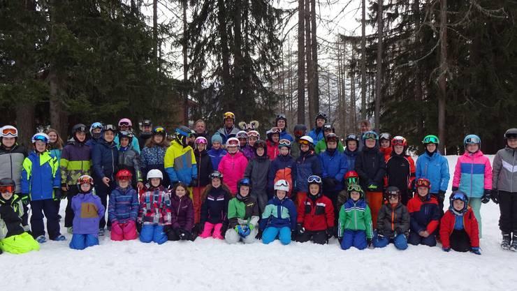 Die Viert- bis Sechstklässler im Skilager in Bellwald