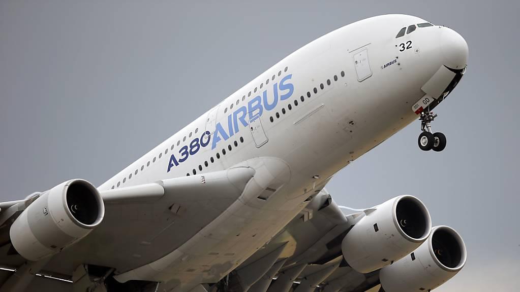 Streit mit der EU: Die USA erhöhen die Strafzölle auf Airbus-Flugzeuge von derzeit zehn auf 15 Prozent. (Symbolbild)