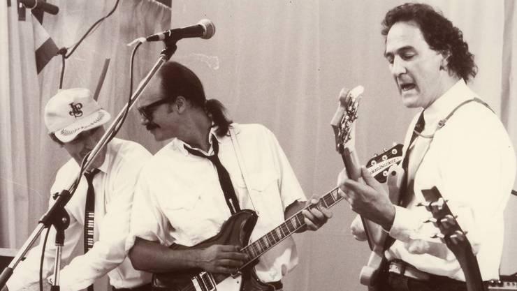 Die Roaring Sixties mit Luzi Stamm, Tony Lewis und Marco Montanari (von links) mit Stones- und Beatles-Repertoire 1991 auf der «cloc-o-toc»-Bühne.