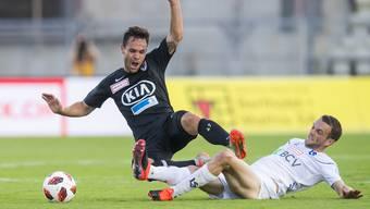 Der FC Aarau wird von Lausanne zu Fall gebracht.