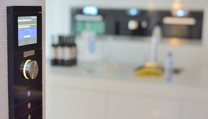 Die intelligente Steuerung der Haustechnik ist bezahlbar, sagen Experten.