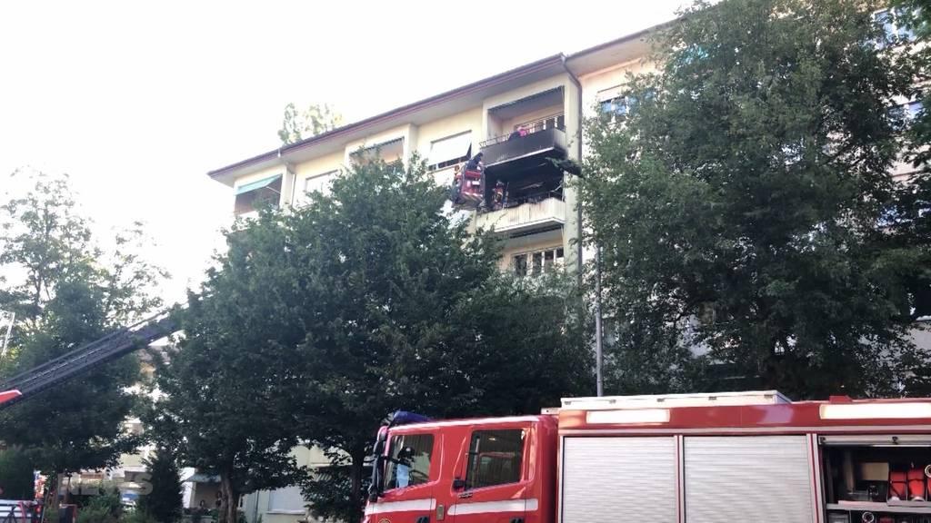 Schlechter Scherz: Balkon-Brand wegen Feuerwerk?