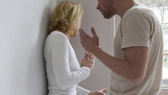 Eine gesamtschweizerisch erschreckende Tatsache – die Zunahme häuslicher Gewalt – macht auch vor dem Zurzibiet nicht Halt.  (Symbolbild)