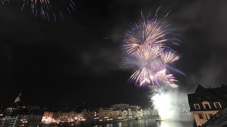 Das 1.August-Feuerwerk über Basel könnte dieses Jahr ausfallen. (Archiv)