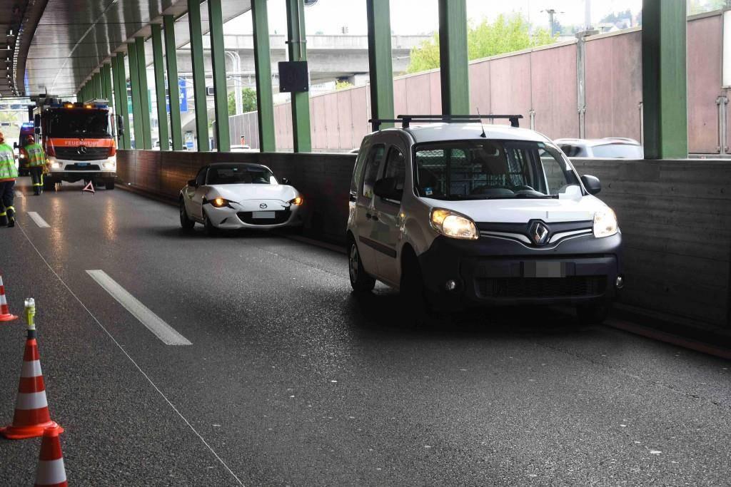 Auffahrunfall Autobahn A1 (© Kantonspolizei St.Gallen)