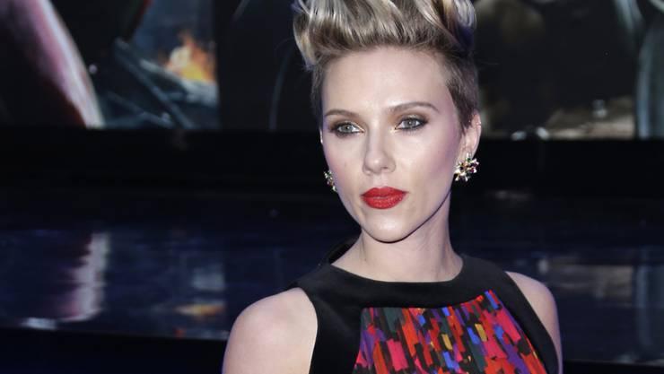 Seit Scarlett Johansson einen kleinen Wirbelwind zu Hause hat, sitzt ihre Frisur nur noch im Ausgang (Archiv)