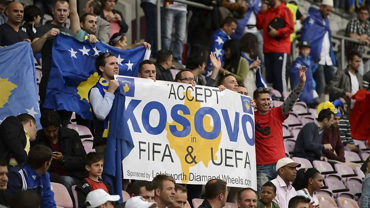 Die Fans freuts: Der Kosovo wurde von der UEFA und FIFA aufgenommen