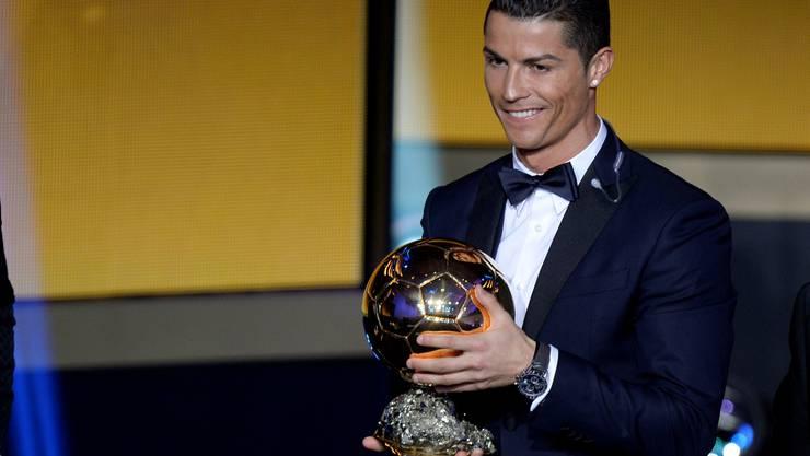 Cristiano Ronaldo mit dem Ballon d'Or