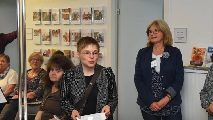 Frau Hänzi, Chefin des Amtes für soziale Sicherheit, während Ihrer Begrüssungsrede.