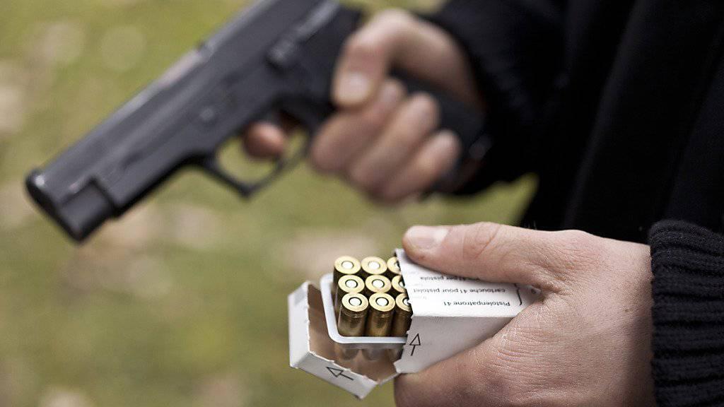 Die EU zwingt der Schweiz neue Regeln für private Waffen auf. Trotz des Widerstandes der Schützen versucht die Ständeratskommission, eine Konfrontation mit Brüssel zu vermeiden. (Symbolbild)