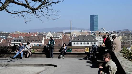 Geht es nach der Regierung, sollen in Basel künftig mehr Hochhäuser in den Himmel ragen.