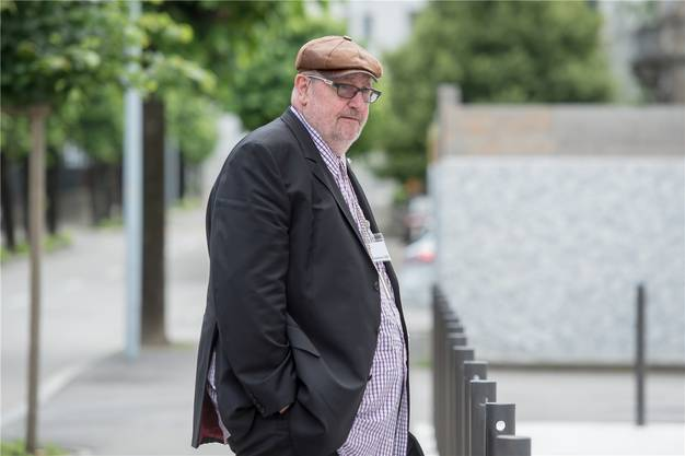 Der wegen Betrugs verurteilte Finanzjongleur DieterBehringist nach schwerer Krankheit im Alter von 63 Jahren gestorben. Der Basler Financier sollte eine mehrjährige Freiheitsstrafe verbüssen.