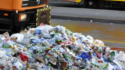 Wie hier nach dem EM-Spiel Holland-Russland im Jahre 2008 fällt auch an der Fasnacht jede Menge Abfall an.