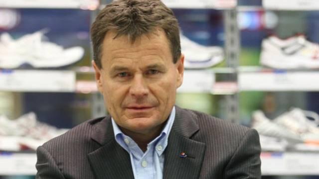 Franz Julen (54), Chef der weltweit grössten Sporthandelskette Intersport, über den Winterstart, die Schweizer Ski-Mannschaft und seine Pläne in China.