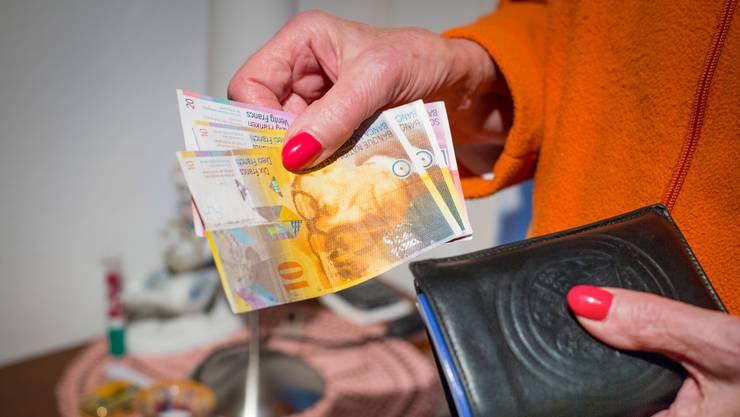 Das Rentenalter für die Frauen soll auf 65 Jahre erhöht werden.