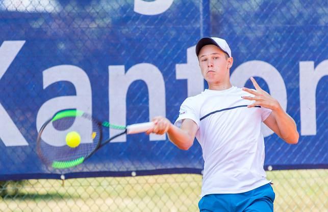 Der Schweizer Yarin Aebi setzte sich in der U16-Kategorie der Swiss Junior Trophy durch.
