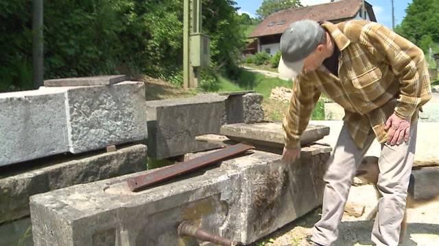 2.5-Tonnen-Brunnen verschwunden