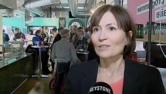Bern - 27.11.16 - Regula Rytz, Präsidentin der Grünen zeigte sich enttäuscht über die Abstimmungsniederlage. Sie macht dafür die Angstkampagne der Gegner verantwortlich. Trotzdem ist sie zuversichtlich für die kommende Abstimmung zur Energiestrategie 2050.