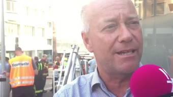 Brand in Olten: Der Oltner Stadtpräsident Martin Wey ist schnell am Ort des Geschehens um zu unterstützen.