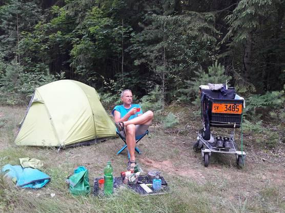 Beim Campieren. «Mrs. Molly» macht sich auch gut als Wäscheständer.