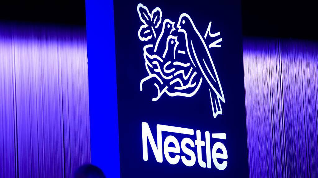 Nestlé geht auf Einkaufstour: Das Logo des Konzerns an der Generalversammlung von 2018.