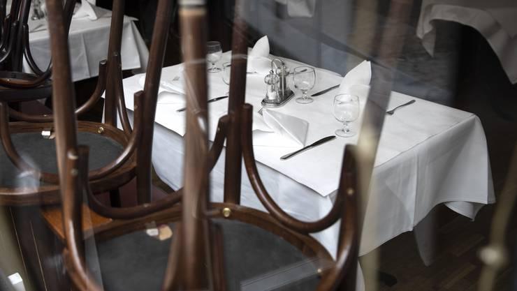 In Bern müssen Restaurants neu schon ab 21 Uhr schliessen. (Symbolbild)