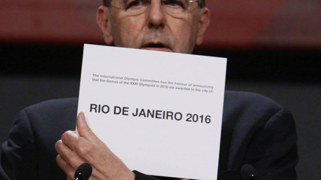 Der ehemalige IOC-Präsident Jacques Rogge 2009 bei der Bekanntgabe der Gastgeberstadt der Sommerspiele 2016