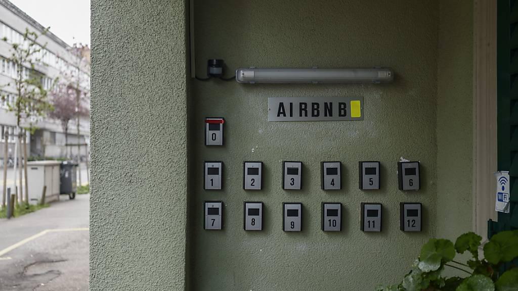 Wegen der Coronakrise hat sich die Kurzzeitvermietung von Wohnungen über Airbnb für viele Wohnungsbesitzer nicht mehr gelohnt. Aus Airbnb-Bleiben wurdn so wieder normale Mietwohnungen. (Symbolbild)