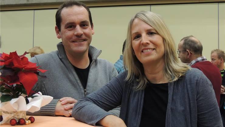 Claudia Lieb wurde als Schulpflegerin, Dominik Seiler als Gemeinderatverabschiedet. BSR