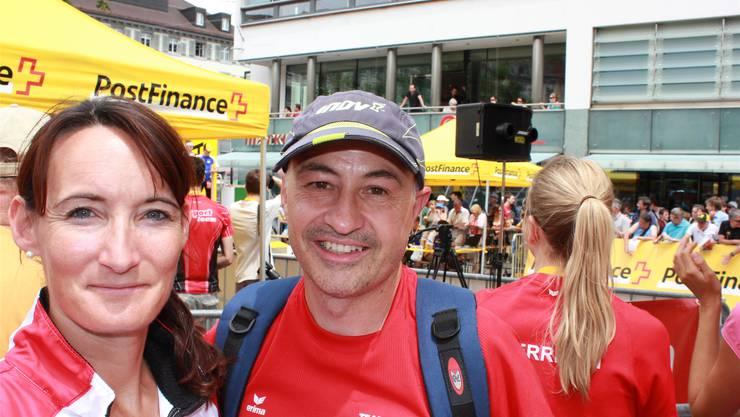 Mit Nathalie Huber und Rolf Gemperle führen zwei Aargauer Österreichs OL-Läufer an die Weltspitze ran.