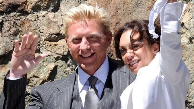 Geheiratet hat er im Juni 2009, aber den Pfarrer will er nicht bezahlen: Boris Becker mit seiner Ehefrau Lilly Kerssenberg