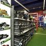 Seit Mitte März sind ein Grossteil der Adidas-Läden weltweit geschlossen. (Archivbild)