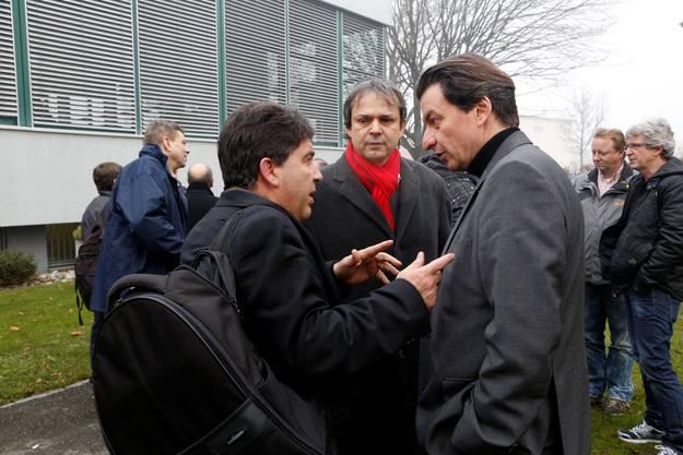 v.l.: Jesus Fernandez (UNIA Regionssekretaer), NR Philipp Hadorn, Corrado Pardini (SP Nationalrat, UNIA GL)