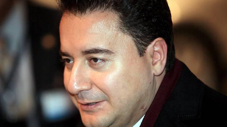 Der frühere türkische Wirtschaftsminister Ali Babacan tritt aus der Regierungspartei aus. (Archiv)