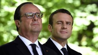François Hollande und Emmanuel Macron waren sich anfänglich sehr nah. Doch der Ziehsohn hat schon seit geraumer Zeit nur Verachtung für seinen Mentor übrig.