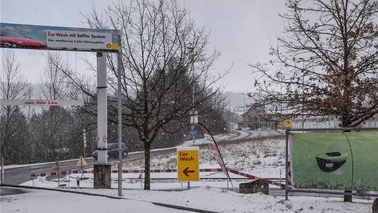 Die Wohlerstrasse muss ab Höhe Shell-Tankstelle stadteinwärts auf einer Strecke von rund 100 Metern gesperrt werden. Toni Widmer