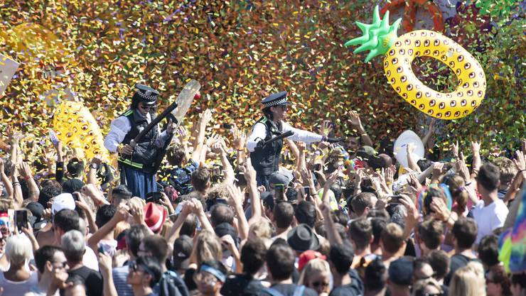 Am Samstag steigt in Zürich wieder die grösste Technoparty der Welt. Wie stehen die Limmattaler dazu? Wir haben nachgefragt.