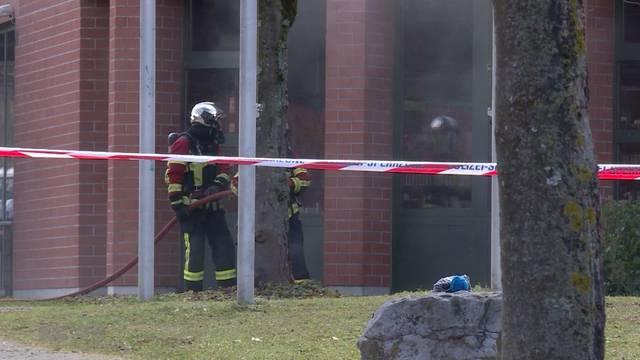 Gymnasium Lerbermatt wegen Kabelbrand komplett evakuiert