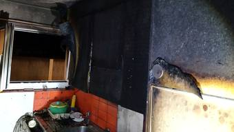 Die Wohnung ist aufgrund des Brand- und Russschadens nicht mehr bewohnbar.