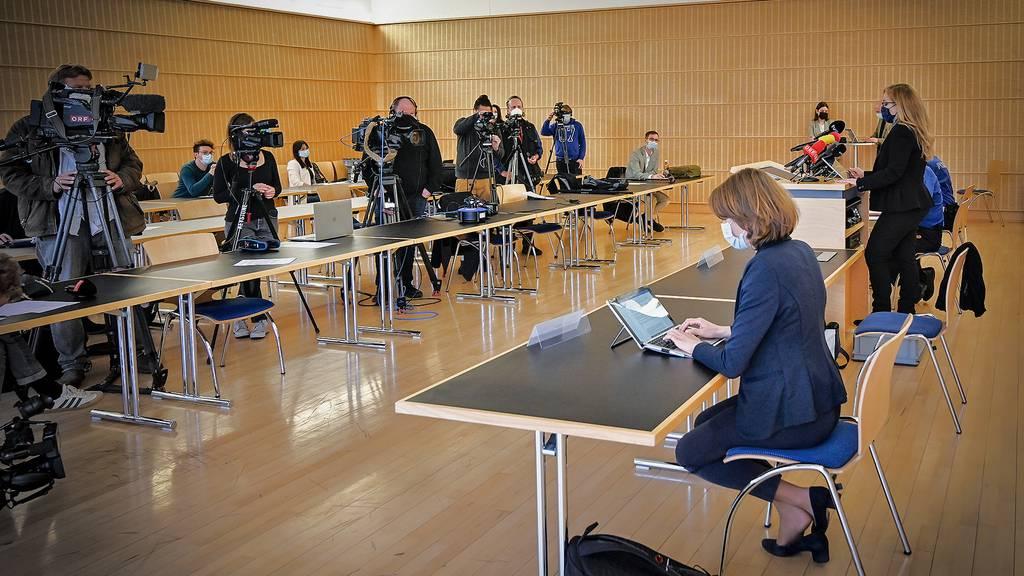Pressekonferenz: Das sagen Politik und Polizei nach Krawall