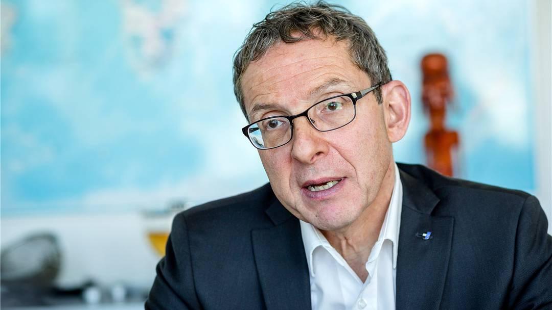 Urs Hofmann: «Neue Stellen schaffen, nicht die wegfallenden beklagen»
