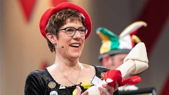 Annegret Kramp-Karrenbauer bei ihrer Fasnachtsrede in Stockach.DPA/KEY