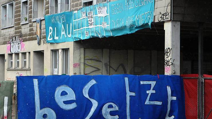Das Koch-Areal in Zürich-Altstetten ist seit März 2013 besetzt. (Archiv)