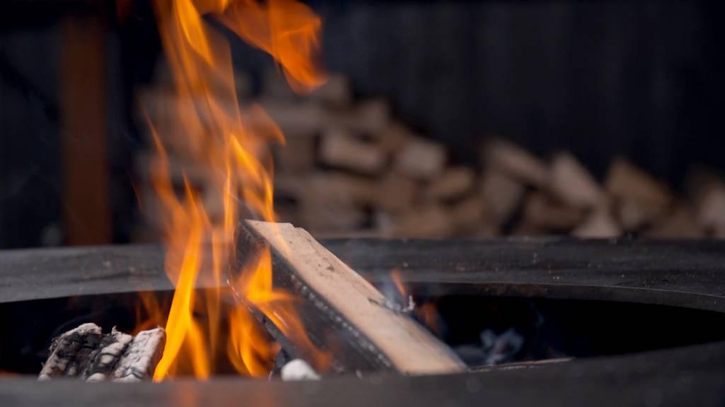 Natur-Koch Stefan Wiesner / Rüegg Cheminées Hinwil / Feuerring in Immensee