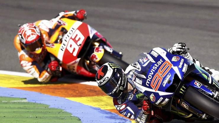 Weltmeister Jorge Lorenzo führt und siegt vor dem entthronten Champion Marc Marquez