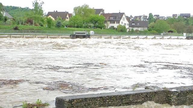 Hochwasser in der Region: Eindrücke aus Wallbach, Brugg, Unterwindisch und Bremgarten.